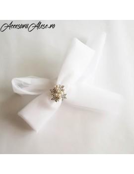 Accesoriu coc nunta, pentru mireasa - de dupa dat voalul jos - dezgatitul miresei