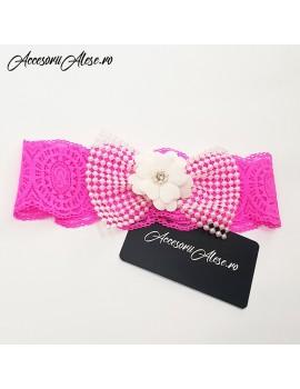 Bentita dantela roz fucsia cu funda perle