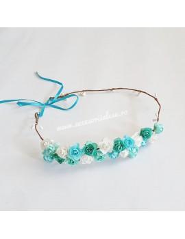 Coronita cu flori albastre si bleu