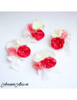 Corsaje flori domnisoare de onoare/mireasa
