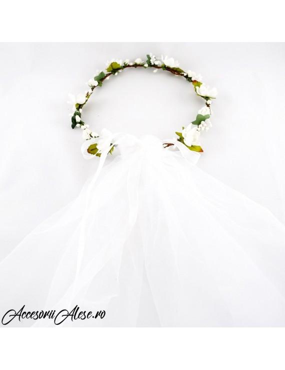 Coronita cu flori si voal mireasa - petrecerea burlacitelor